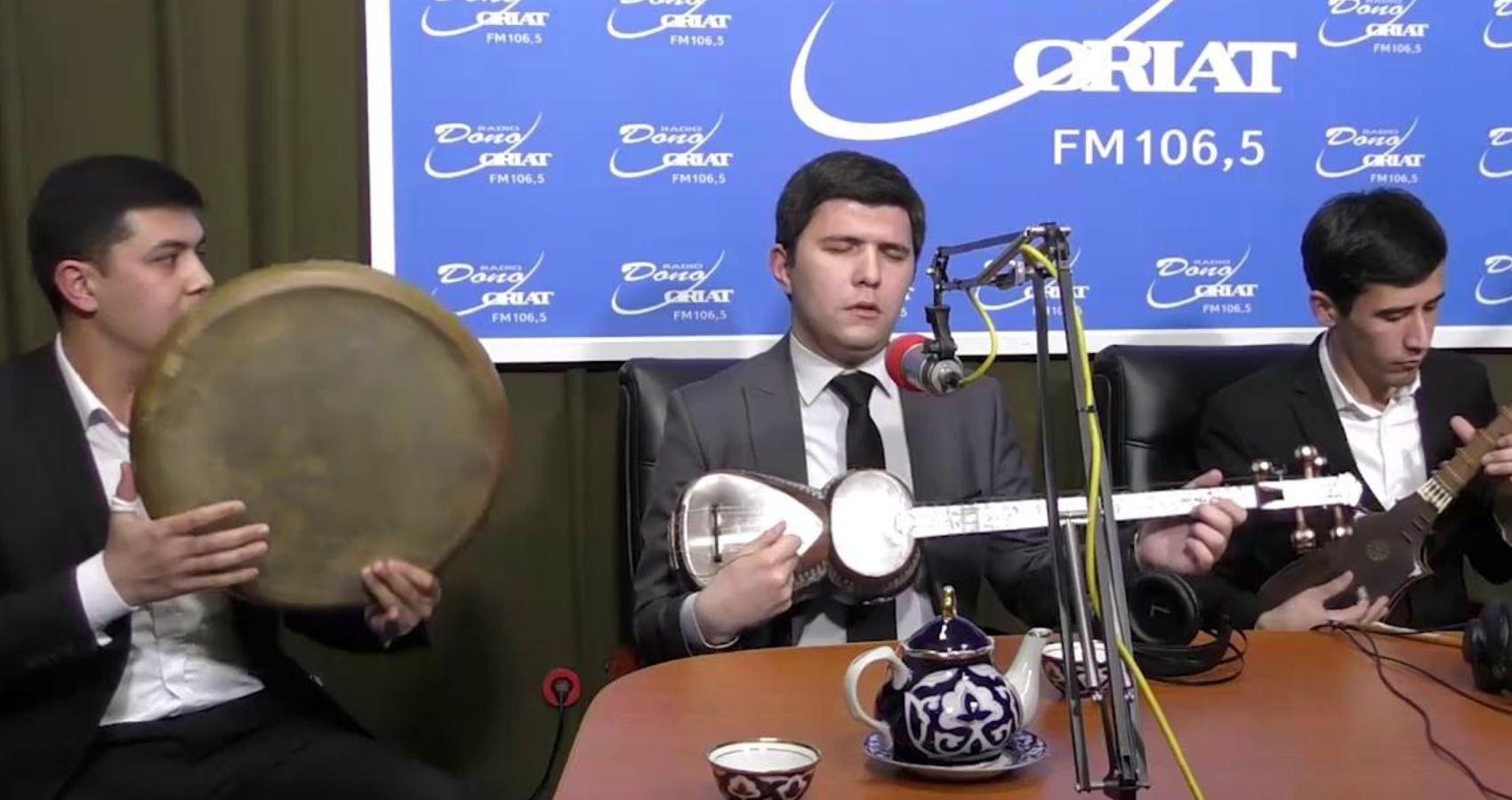 Dastur mehmoni Navro'z Sharofov